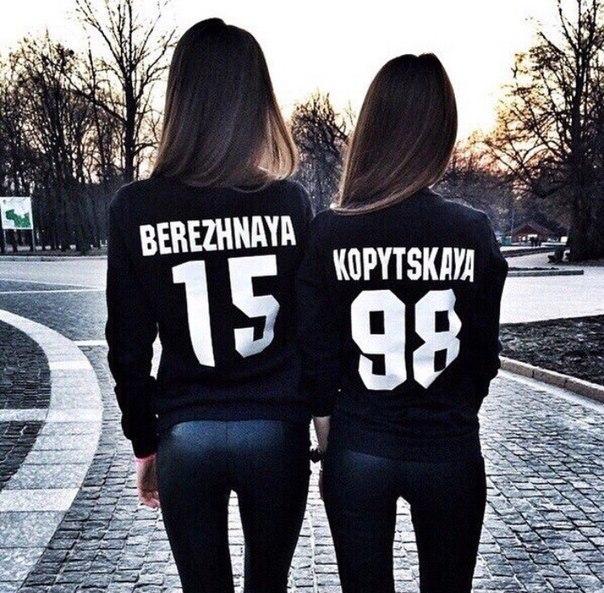 Печать на черных футболках и толстовках