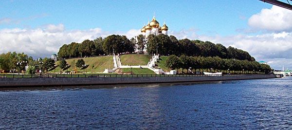 печать фотографий на подушках с доставкой до Ярославля