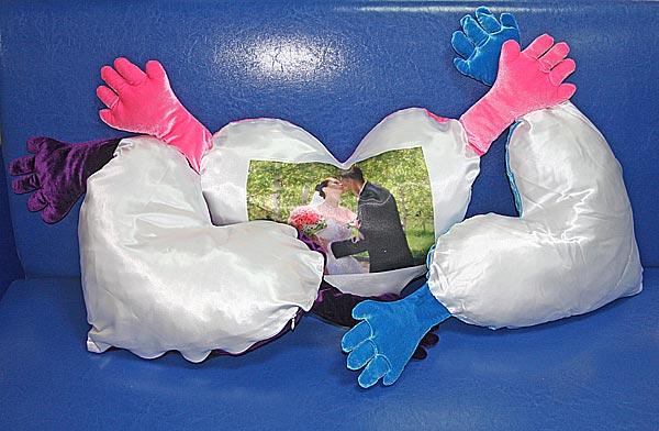 подушка сердце на 14 февраля